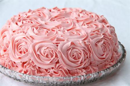 торт со съедобными розами из крема 2
