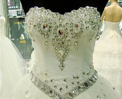 драгоценный декор из бриллиантов и жемчуга 1