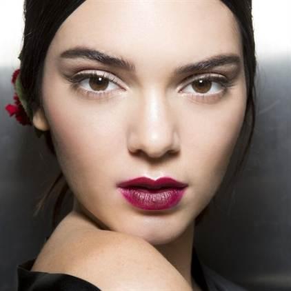 фото красивого и модного макияжа на последний звонок 1
