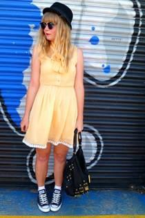 yellow-dahlia-dress-black-converse-shoes-black-next-bag
