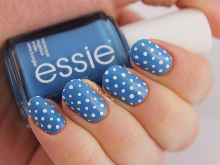 26_essie_avenue_maintain_polka_dot_nails_c