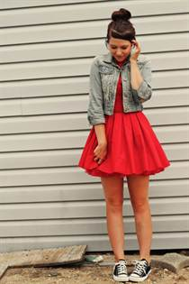 red-jones-and-jones-dress-light-blue-new-look-jacket-black-converse-sneakers